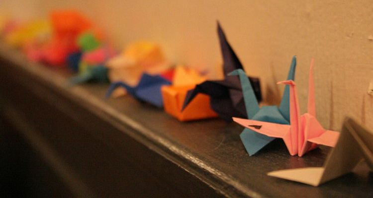 Wedding Traditions Explained: 1000 Paper Cranes | 400x750
