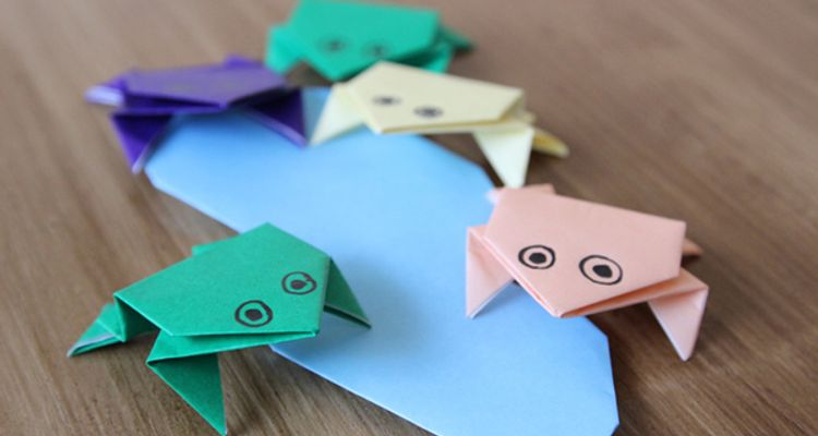 Step By Step Instructions How To Make Origami A Frog. Royalty Free ... | 400x750