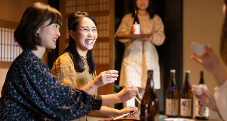 Did I Order This…?! 7 Things at an Izakaya That Surprise Foreign Residents in Japan