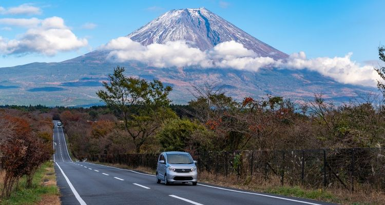 A Complete Beginner's Guide To Driving in Japan – Rules of the Road, How To Get Licensed, and More!
