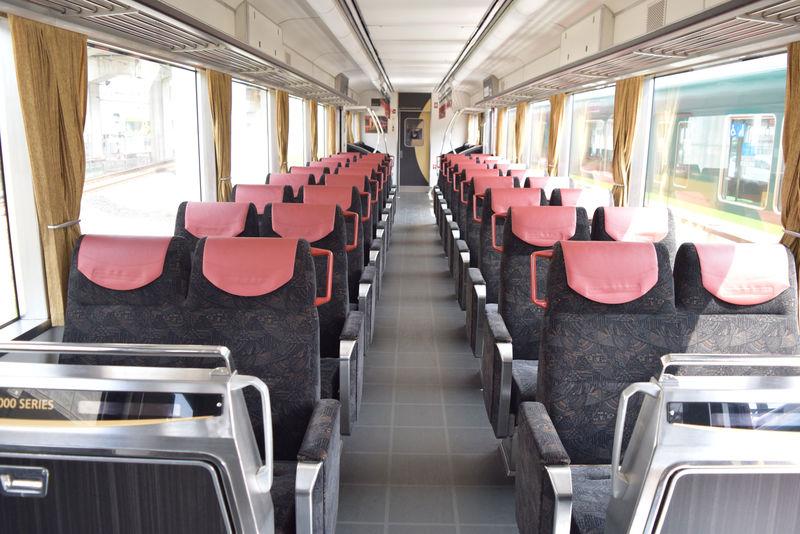 Keihan train2 0625