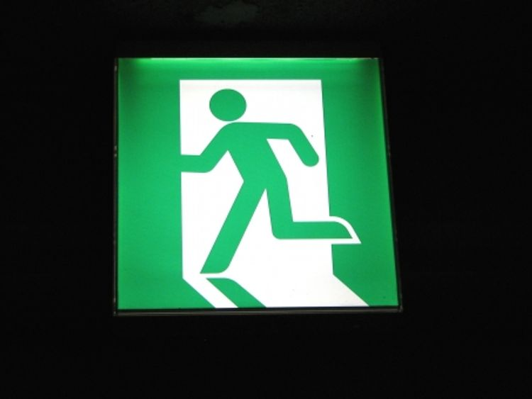 exit sign in japan