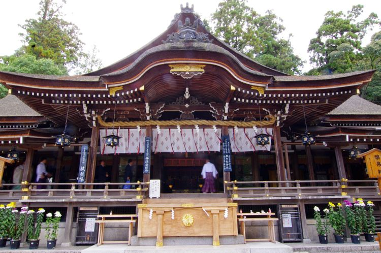 omiwa shrine hall
