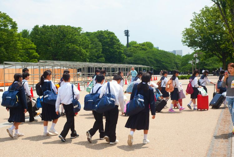 japanese students going somewhere