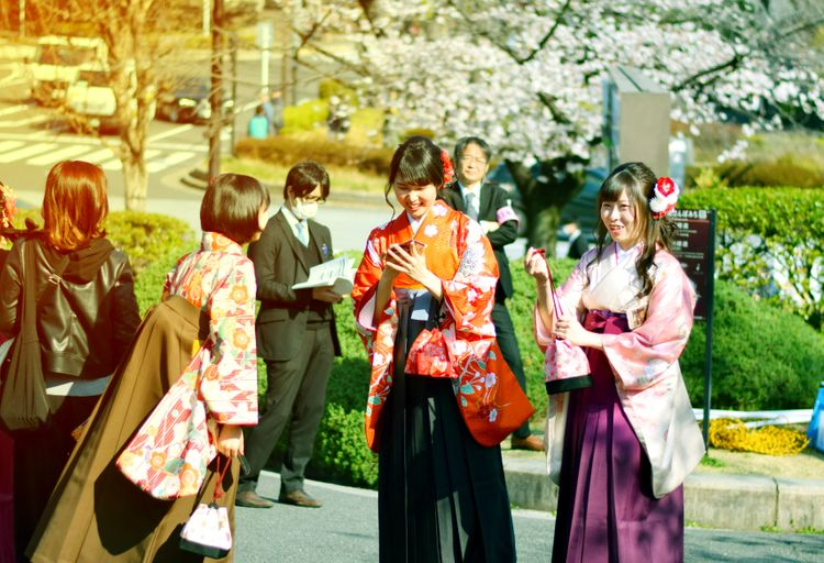 japanese students wearing traditional garb