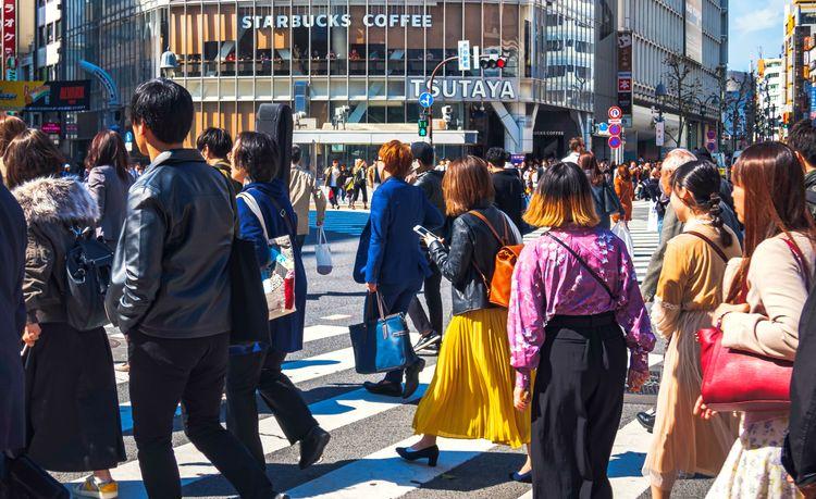 people walking shibuya scramble