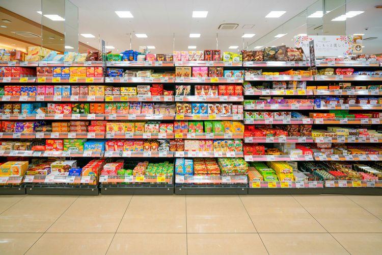 supermarket shelves japan