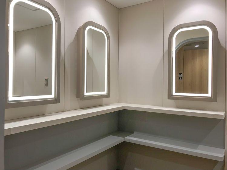Japanese-toilet-in-tokyo-sunshine-city-ikebukuro-dressing-corner โซนแต่งหน้า ห้องน้ำญี่ปุ่น