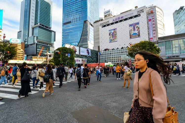 位於東京澀谷十字路口的人潮