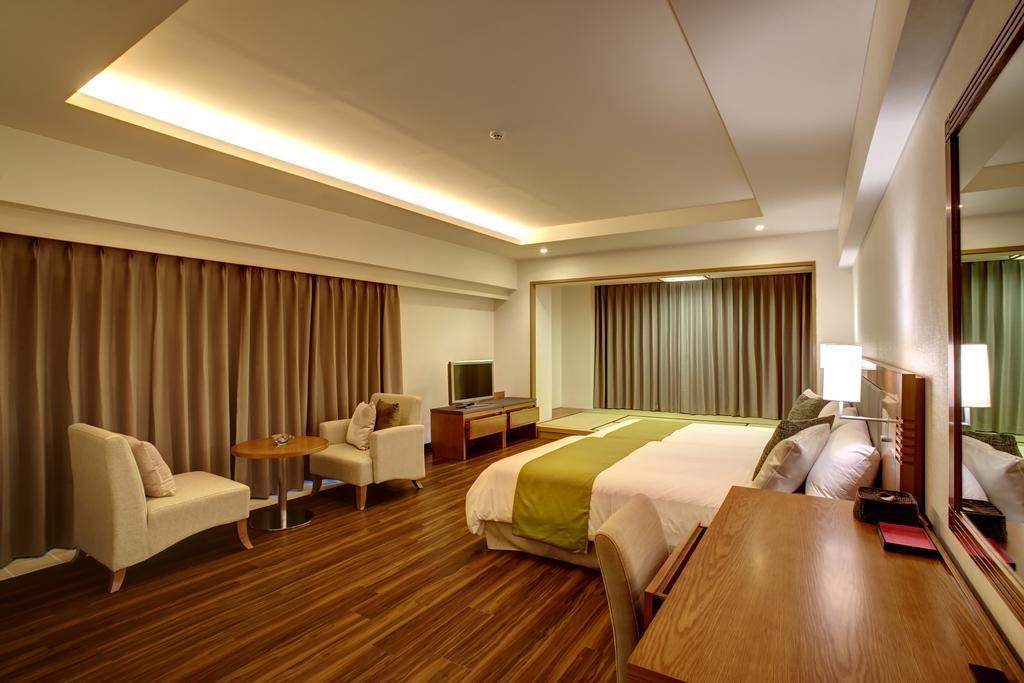 hotel mahaina wellness resorts okinawa - Medium Hardwood Hotel 2015