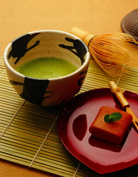 present day japanese tea ceremony essay The japanese tea ceremony has long been thought of as an outdated remnant of cultural history fit only for tourists in stuffy locales and costing a premium.