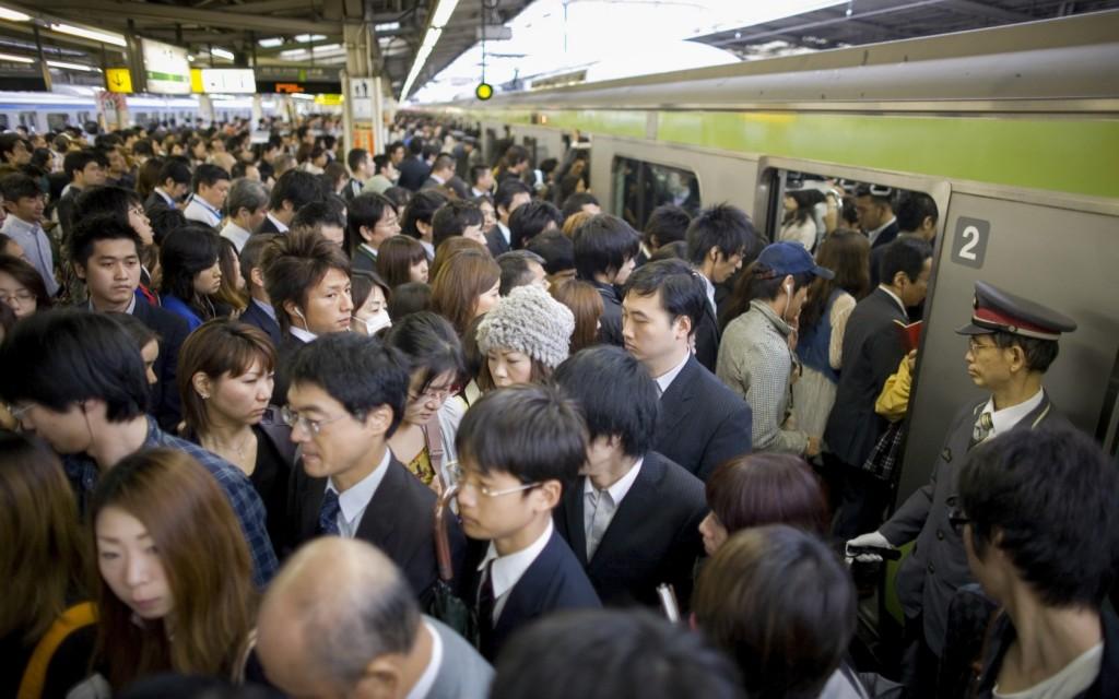 03.TokyoMetro-B75J7E-1680x1050