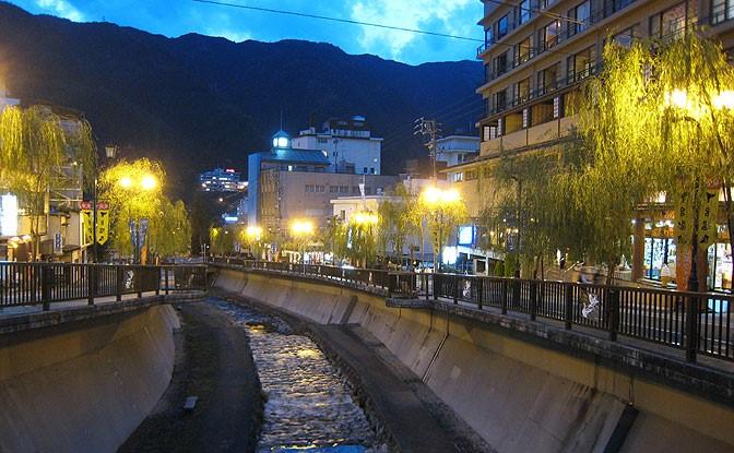 16下呂温泉