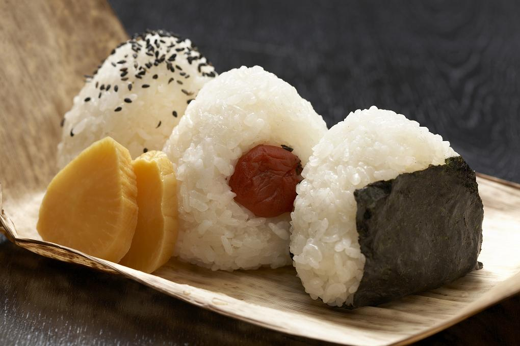 Definition Of Wrapped >> 10 Facts You Probably Didn't Know About Onigiri | tsunagu Japan