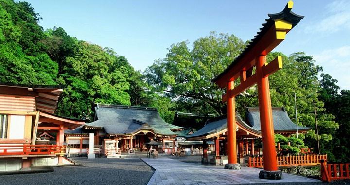 9. 熊野那智大社