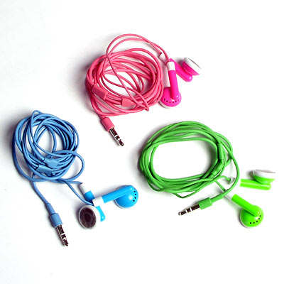 brilliant-buy-ipod-earphones-black-green-pink-colours