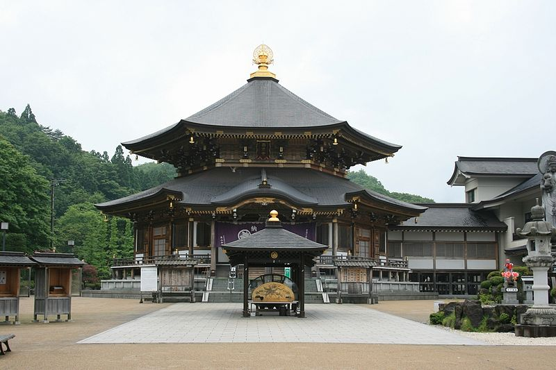 800px-saihouji-temple_hondou